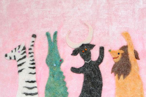 フェルト作家Yurinokoの動物の絵本